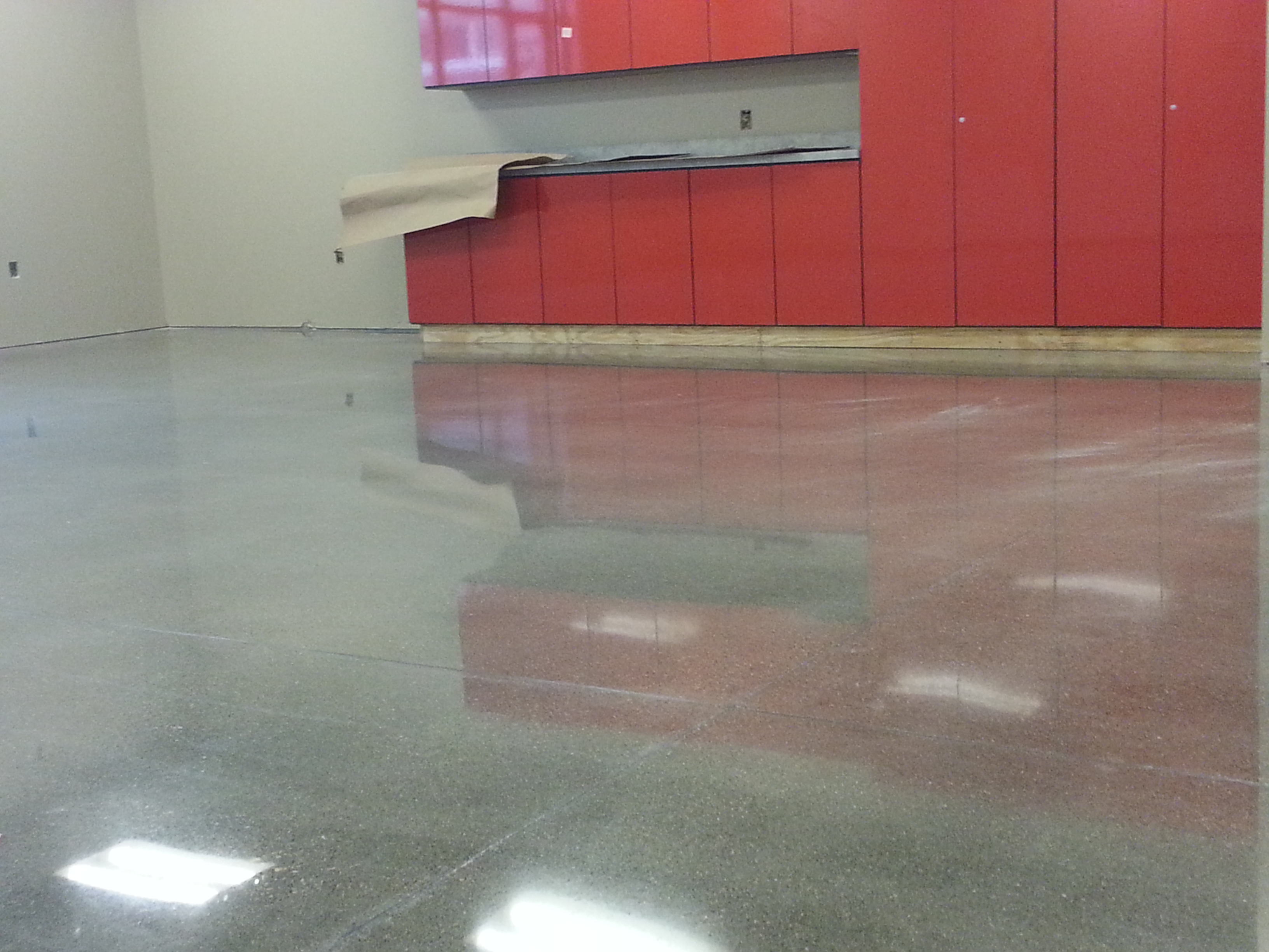 High Gloss floor polish by PolishMaxx of Cedar Rapids, IA