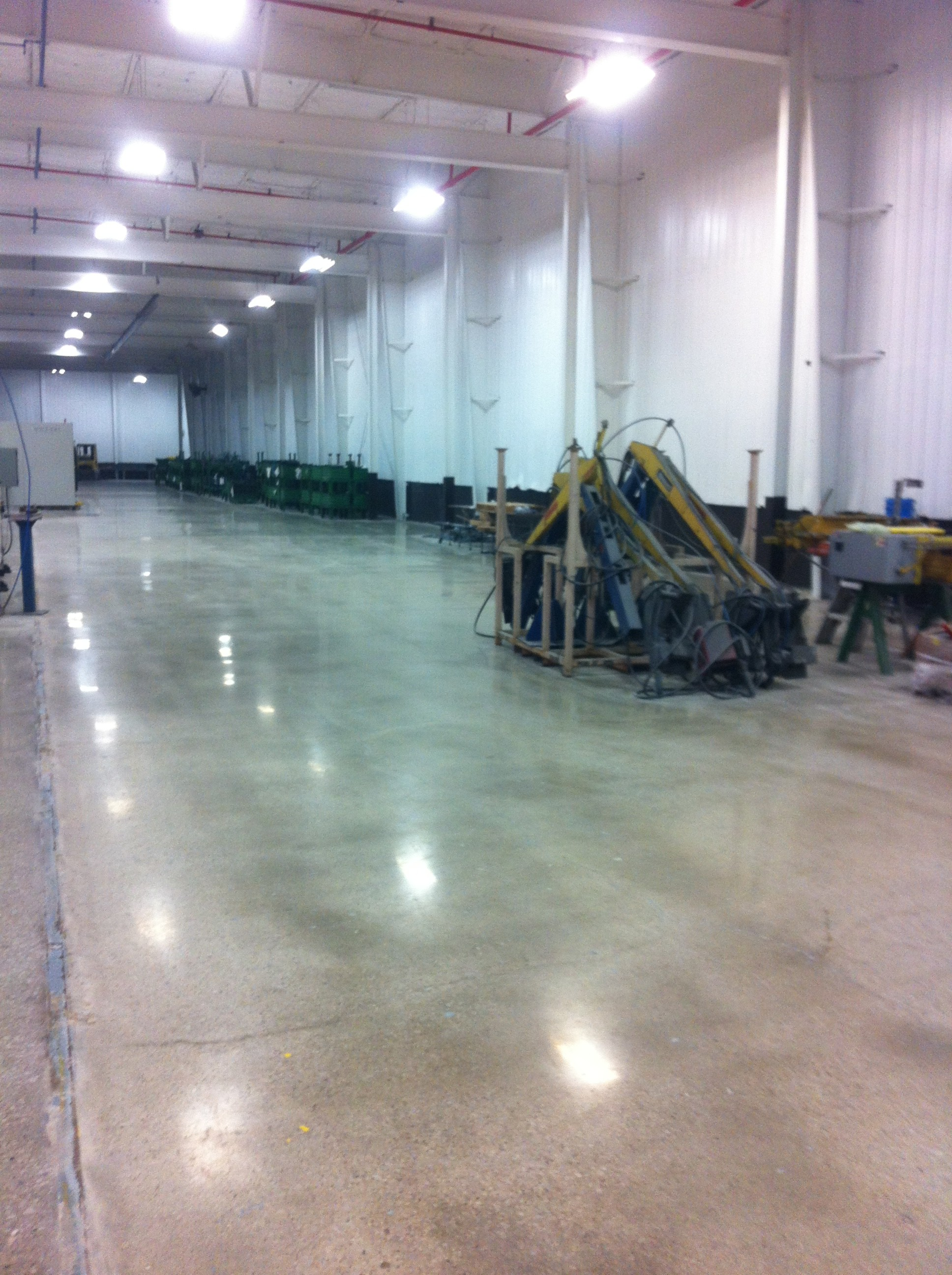 Low gloss floor sheen at a manufacturing facility in Ottumwa, IA