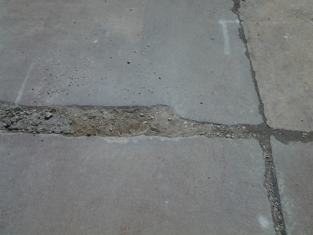 Concrete Crack Filling In Iowa Amp Illinois By Polishmaxx