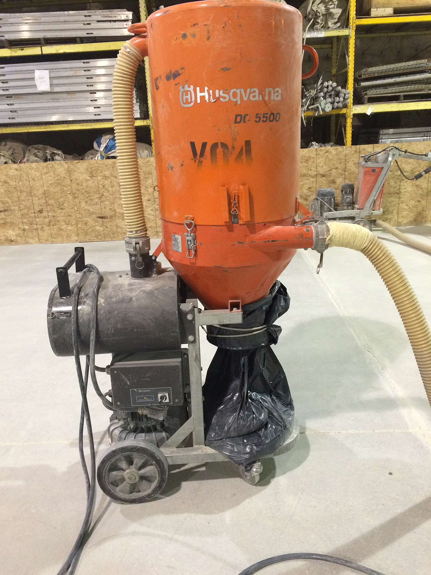 Husqvarna Ds 5500 480 Volts Dust Collection Vacuum Ia Il